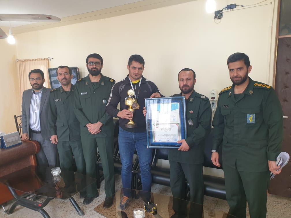 کسب مدال طلای استانی توسط بسیجی باشگاه مدافع حرم شهرستان باغملک